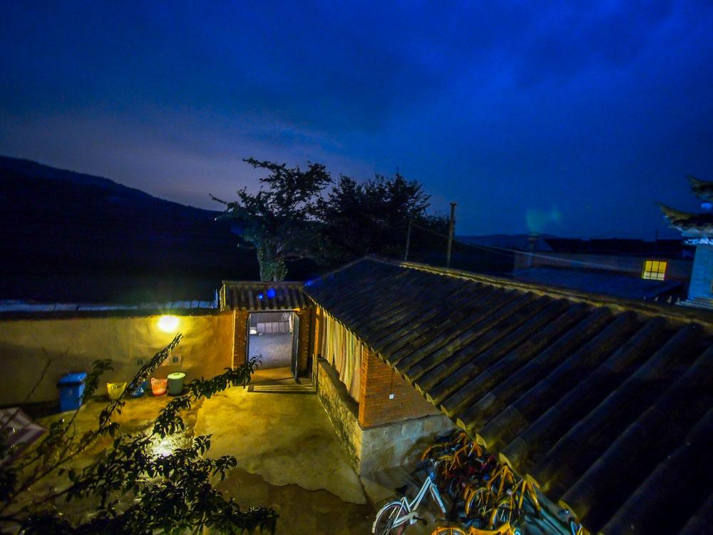 晚上的連心旅舍,有另一種讓人心情平靜的美